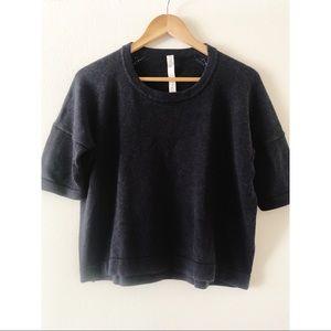 Lululemon size 6 knitted sweater in dark blue